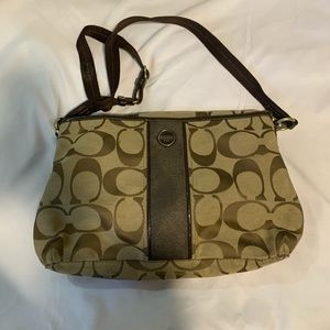 FREE WALLET WITH COACH bag tote or crossbody